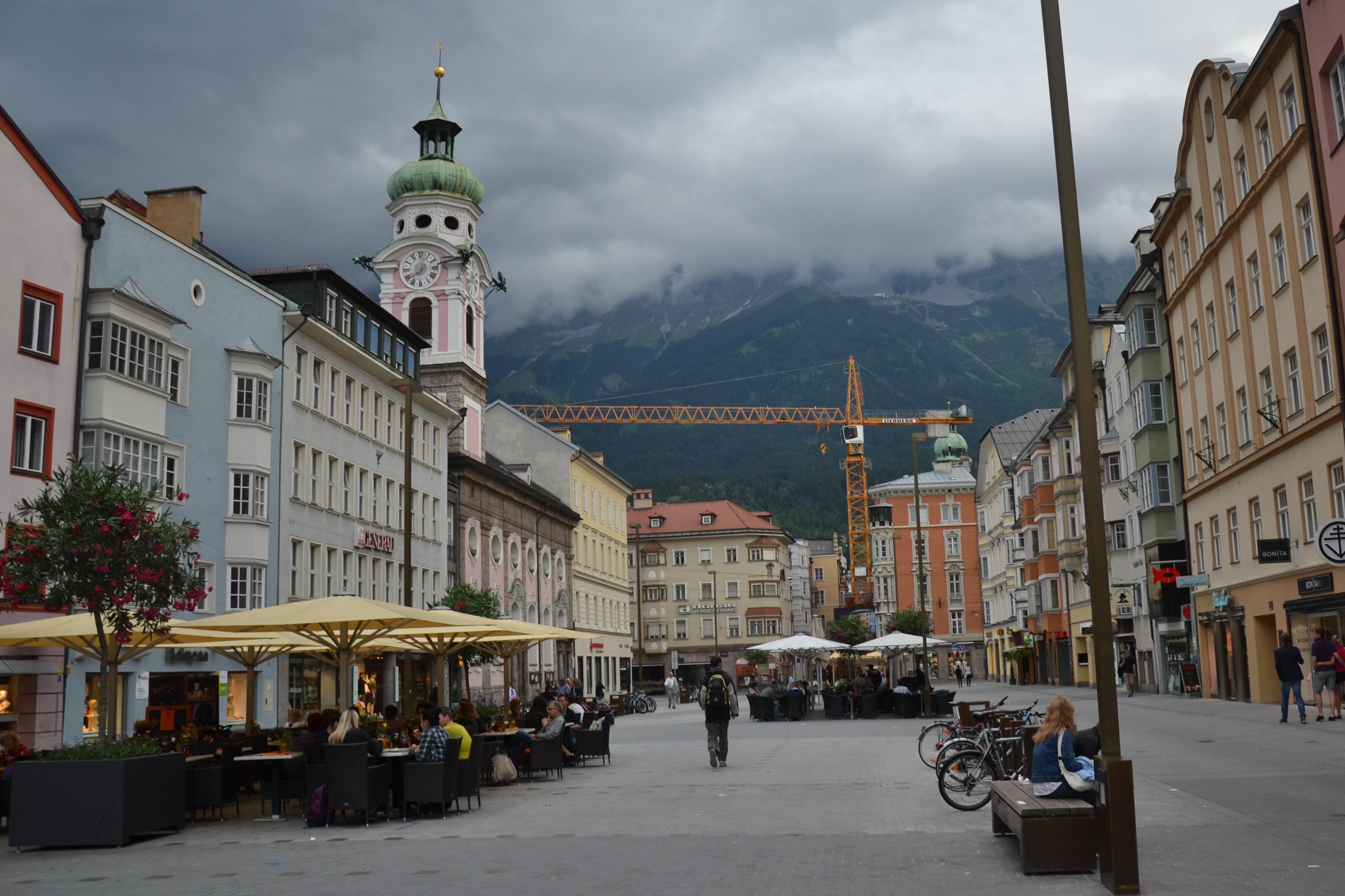 Popołudnie W Pochmurnym Innsbrucku Places2visitpl