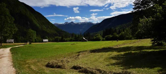 Dolina Voje, wodospad i wąwóz Mostnica