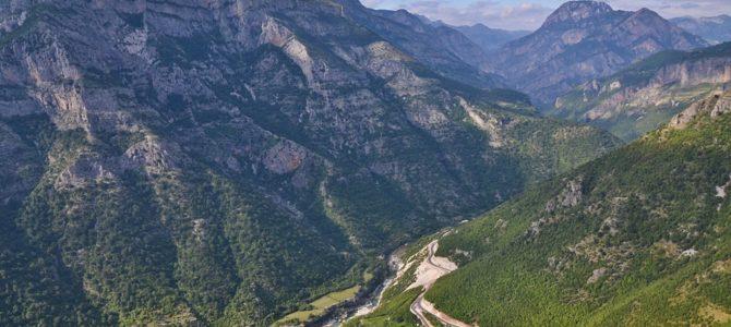 SH 20 – albańska trasa widokowa z której zobaczysz Czarnogórę