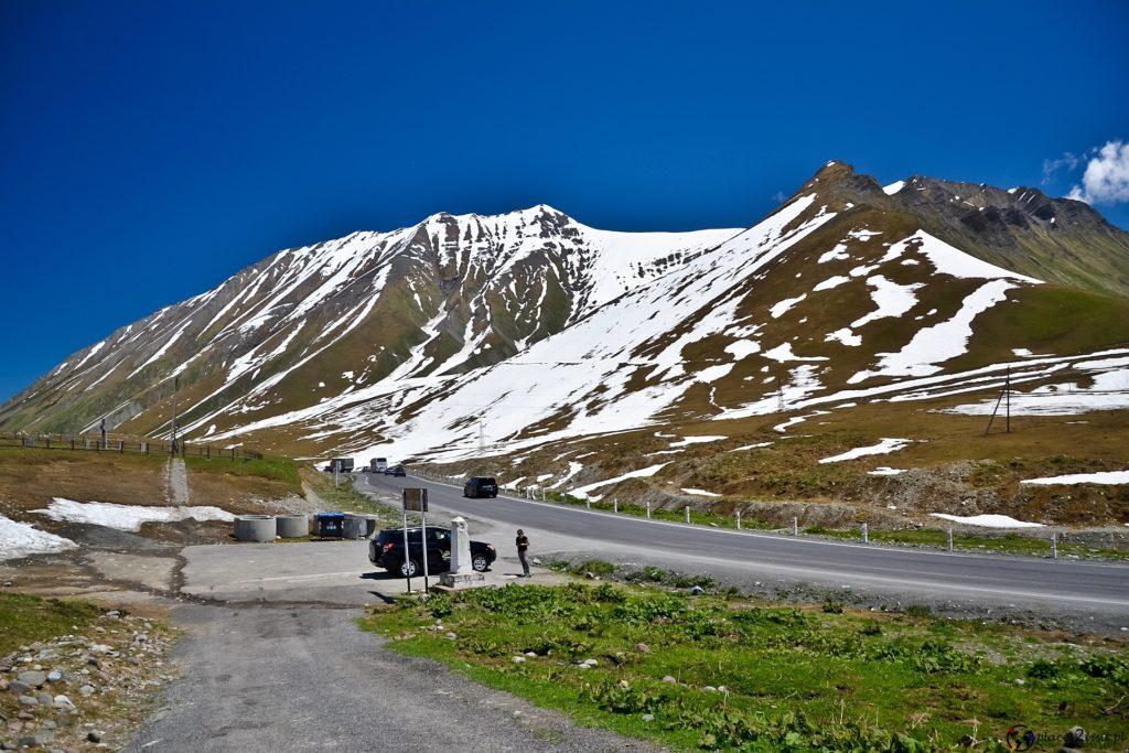 Przełęcz Krzyżowa (Jvari Pass) 2395 m.  Gruzińska Droga Wojenna